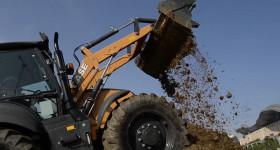 Строителни машини в помощ на земеделските производители