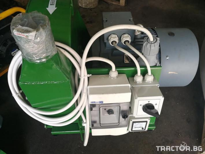 Обработка на зърно Смесители за фураж и фуражомелки Mroll 1 - Трактор БГ